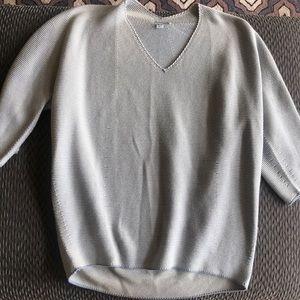 NWOT Uniqlo 3/4 Sweater